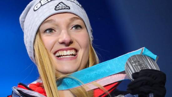 Katharina Althaus holt Silber