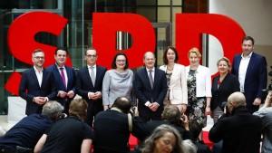 SPD legt nach GroKo-Entscheidung deutlich zu