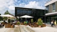 Gutes Beispiel: Bad Vilbel hat sich in den vergangenen Jahren mit der neuen Stadtbibliothek, Geschäften und Gastronomie eine neue Stadtmitte gegeben.