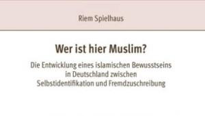 Gehen Sie eigentlich öfter in die Moschee?