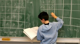 """Wieviel """"weiße Vorherrschaft"""" steckt in der Mathematik?"""
