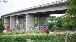 Sperrung der Salzbachtalbrücke lässt Verkehrschaos befürchten