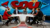 "ZDF-Sendung ""Maybrit Illner"" mit Sabine Kropp, Tilman Kuban, Tobias Hans, Maybrit Illner, Norbert Walter-Borjans, Katja Kipping, Robin Alexander"