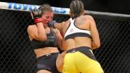 Kämpfen im Käfig: Anders als beim Wrestling und anderen Stunt-Sportarten wird beim Ultimate Fighting nicht geschauspielert.