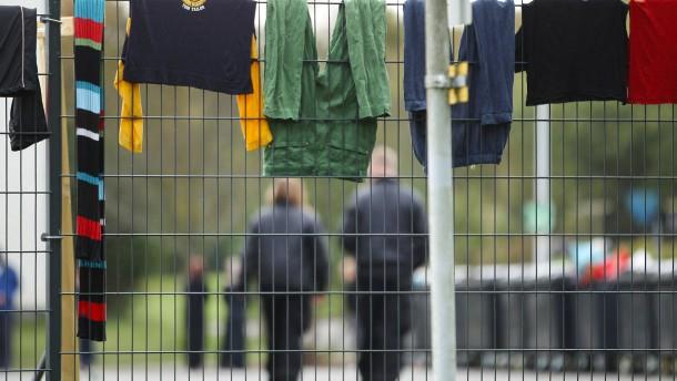 Primeros fallos de malos tratos en Burbacher Flüchtlingsheim
