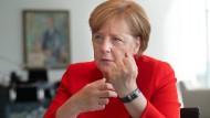 Will den Gesprächsfaden nach Rom nicht abreißen lassen: Bundeskanzlerin Angela Merkel (CDU) beim F.A.S.-Interview im Kanzleramt in Berlin