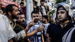 Türkische Polizei geht massiv gegen wütende Bergleute vor