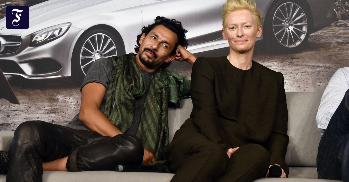 Interview mit modedesigner haider ackermann for Modedesigner frankfurt