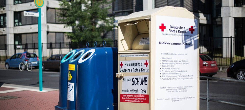Sammeln Per Container Dubiose Geschäfte Mit Alten Kleidern Rhein
