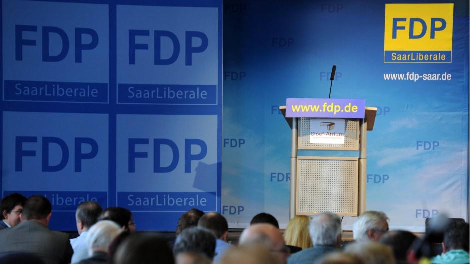 Leerstelle: die saarländische FDP sieht ungewissen Zeiten entgegen