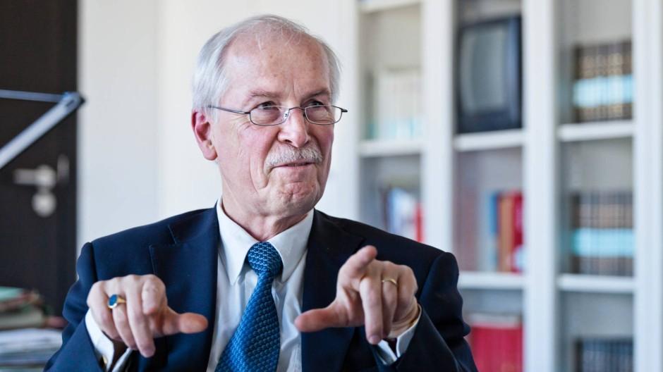 """""""Die Politik übt keinen Druck auf mich aus"""": Harald Range"""