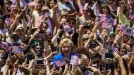 Hillary Clinton will Präsidentin werden. Dafür hat sie bisher schon mehr als 60 Millionen Dollar Spenden eingesammelt.