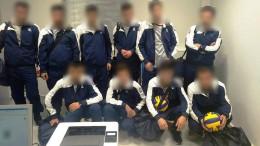 Als Volleyballer verkleidete Migranten wollten in die Schweiz