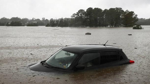 Tausende Australier fliehen vor Überschwemmungen