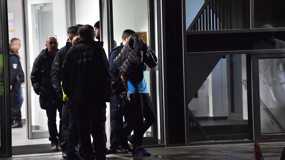 Festnahme noch am Tatort: Der Angreifer soll in eine psychiatrische Klinik eingewiesen werden