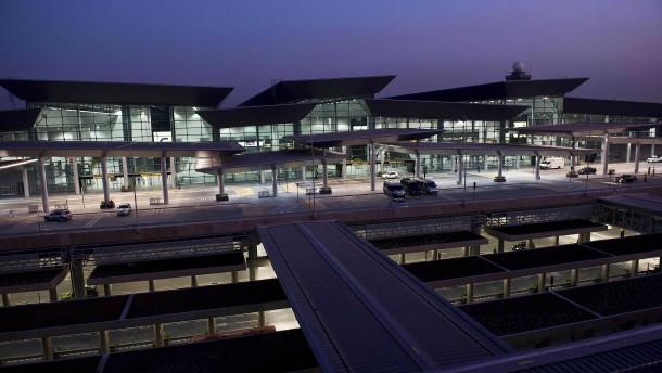 Ein Deutscher lebt seit 3 Monaten im Flughafen von Sao Paulo
