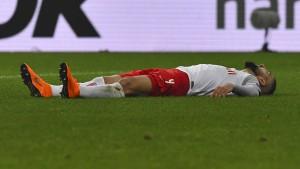 Arsenal scheitert an Madrid, Salzburg am Schiedsrichter