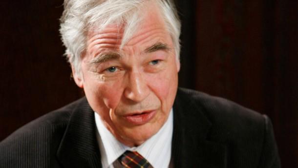 SPD will Wissenschaftler entfernen