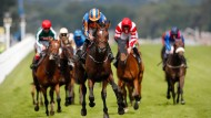 Packendes Rennen bei den King George VI and Queen Elisabeth II Stakes in Ascot.