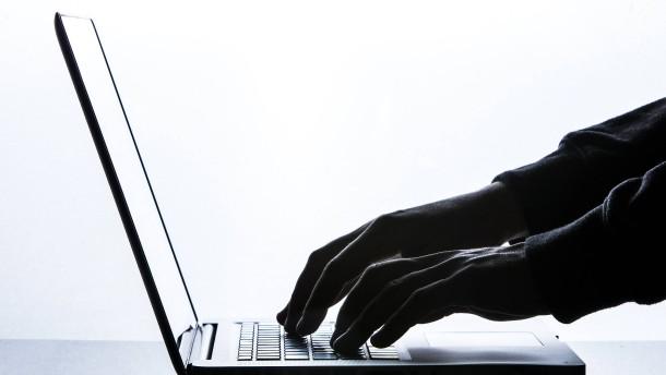 Hacker greifen Fuhrparkservice der Bundeswehr an