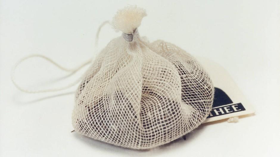 Der Wirkstoff Theophyllin wird aus Teeblättern gewonnen (Symbolbild)
