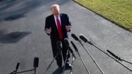 Donald Trump tritt am 6. Januar vor die Presse
