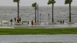 New Orleans wappnet sich für Tropensturm