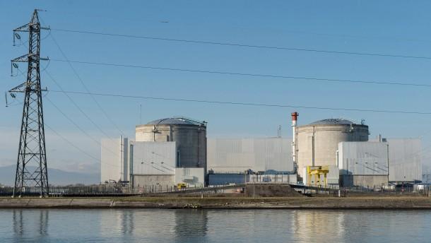 Stromkonzern verzögert Abschalt-Antrag für Fessenheim