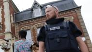 Zwei Geiselnehmer in Nordfrankreich von Polizei getötet