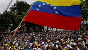 General ruft Militär zum Aufstand gegen Maduro auf