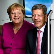 Kanzlerin Angela Merkel und VDA-Chef Bernhard Mattes am Donnerstag bei der Eröffnung der IAA