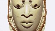 Miniaturmaske aus Benin im Stuttgarter Linden-Museum