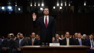 Aussage unter Eid: James Comey vor dem Geheimdienst-Committee