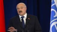 Von der EU-Kritik an der Todesstrafe zeigt sich Weißrusslands Präsident Alexander Lukaschenko genervt.