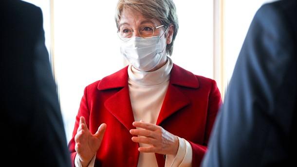 Thyssen-Chefin hält Staatseinstieg für möglich