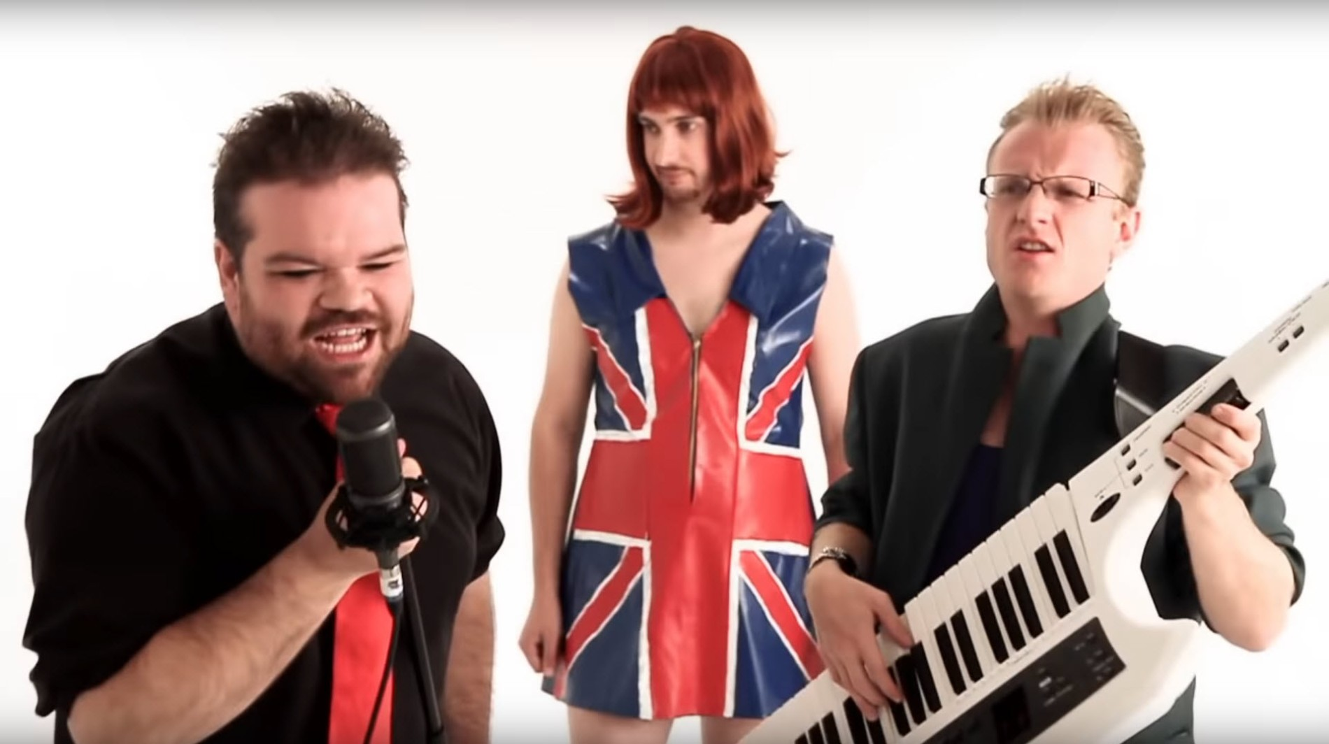 """Musikvideo The Axis of Awesome – """"15 Chords Song"""""""