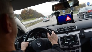 Im Wagen vor mir fährt – ein vernetzter Computer