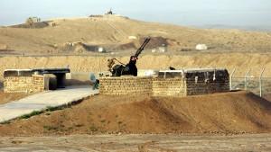 Iran stationiert neue Luftabwehrraketen um Atomanlagen
