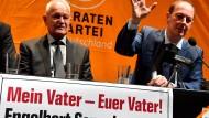 Martin Sonneborn stellte seinen Vater im Februar in Berlin als Kandidaten der Piratenpartei für die Bundespräsidentenwahl vor.