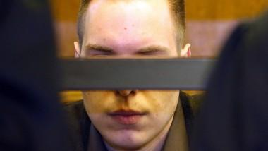 Lebenslange Haft für Robin H., den Ex-Freund des Opfers, der gemeinsam mit seiner Mutter den Mordkomplott an der jungen Pferdewirtin geplant haben soll.