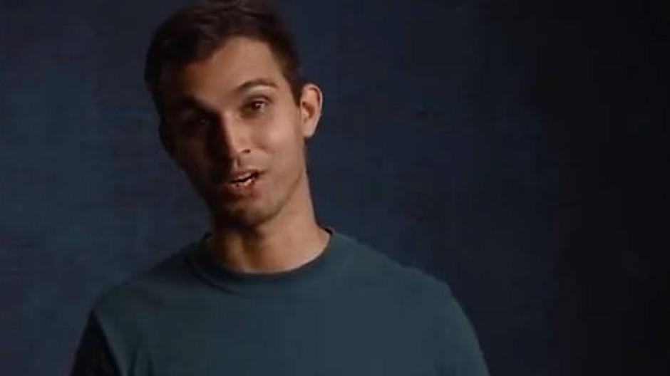 Gemeinsam gegen sexuelle Gewalt gegen Frauen: Der Clip der Kampagne zeigt mehrere junge Männer, die vermeintlich harmlose Situationen skizzieren.