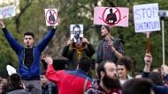 Tausende demonstrieren gegen Wahl von Vucic zum Präsidenten