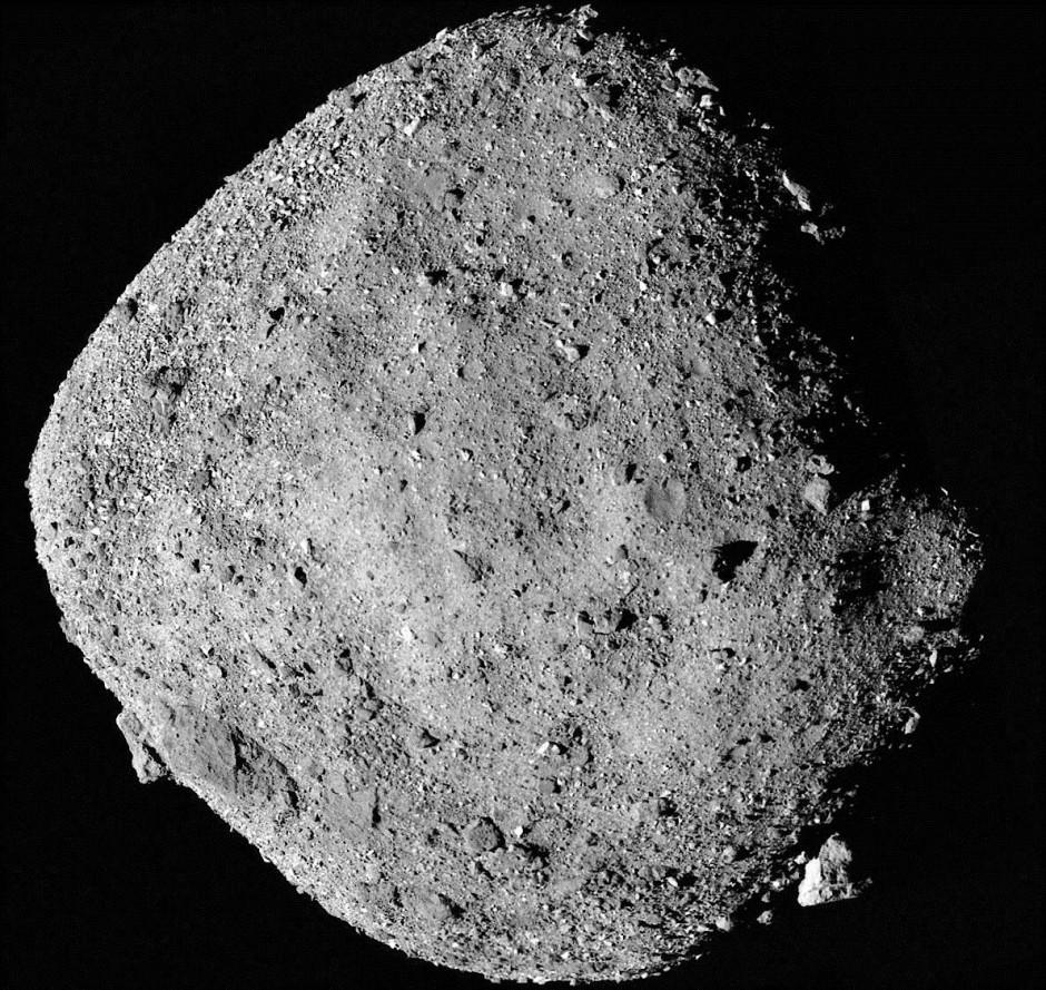 Die Geröllwüste des Asteroiden Bennu birgt einige Geheimnisse über dessen wechselhafte Vergangenheit.