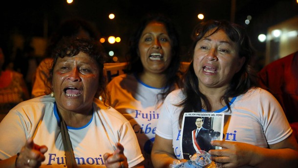 Begnadigung für Ex-Diktator von Peru