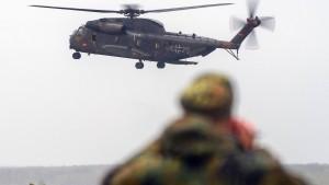Verschlissene Hubschrauber, verfehlte Planung