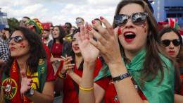 Cristiano Ronaldo nach viertem WM-Treffer gefeiert