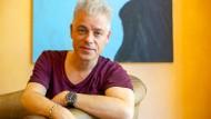 Der kann's halt noch: Der Komiker Michael Mittermeier will auch nach mehr als 30 Jahren sein Publikum noch immer an die Wand spielen.
