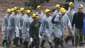 Weitere Jungen aus thailändischer Höhle gerettet