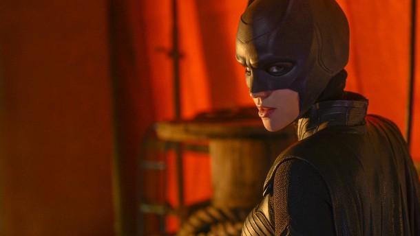 Batmans Cousine kämpft an vielen Fronten