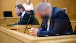 Freispruch im Betrugsprozess für Anwalt eines erfundenen NSU-Opfers